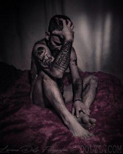 Hombre desnudo Roberto ferri Cupo Fuoco