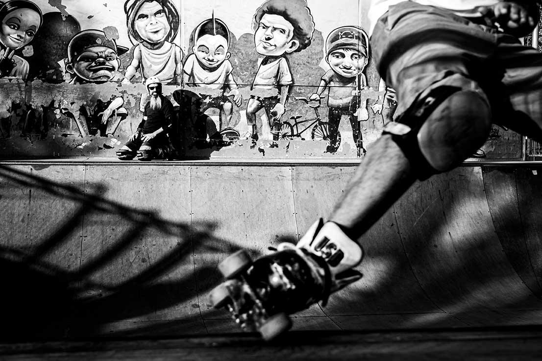 Patinador quad en rampa skatepark Málaga Rubén Alcantara usb agresivo